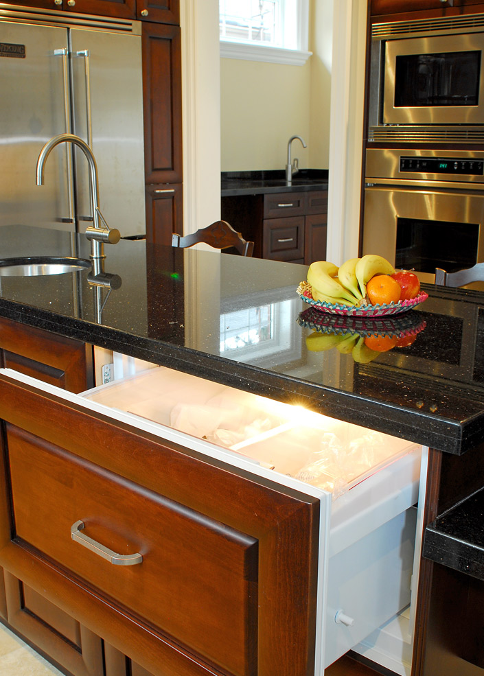 Oakville Kitchen Designers Owner